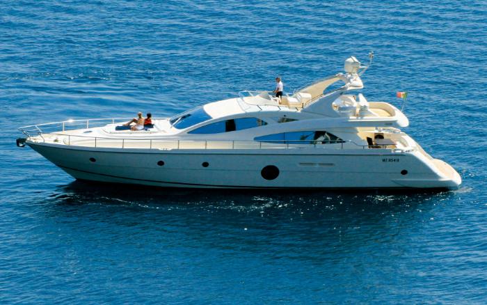 Riviera 4000 off-shore